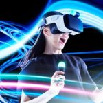 au、ソフトバンク「HTC U11」用VRヘッドマウントディスプレイ発売